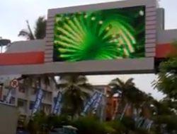 Hampir semua videotron di Manado akan live Karnaval Manado Fiesta