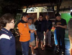 Tengah malam, Walikota GSVL dan JPAR temui korban banjir di Mahawu-Bailang