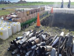 Again, thousands of liters of Cap Tikus to the noisy exhaust were destroyed by the North Sulawesi Regional Police