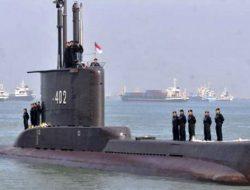 Terbelah tiga, kapal selam KRI Nanggala tenggelam di kedalaman hampir 1000 meter